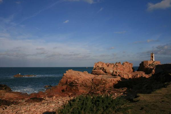 Décembre 2007. Photo: Bretagne. Bréhat. Phare du Paon